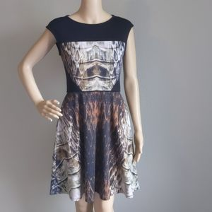VINCE CAMUTO MULTICOLOR SLEEVELESS DRESS SIZE 2